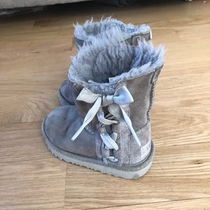 Ugg Grey Boots with Pretty Side Bow Size 8